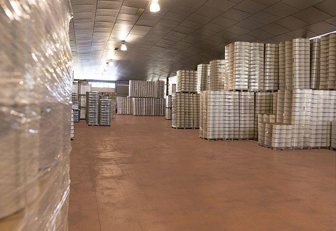 palets-almacen-distribuidor-de-hilos-marrahi